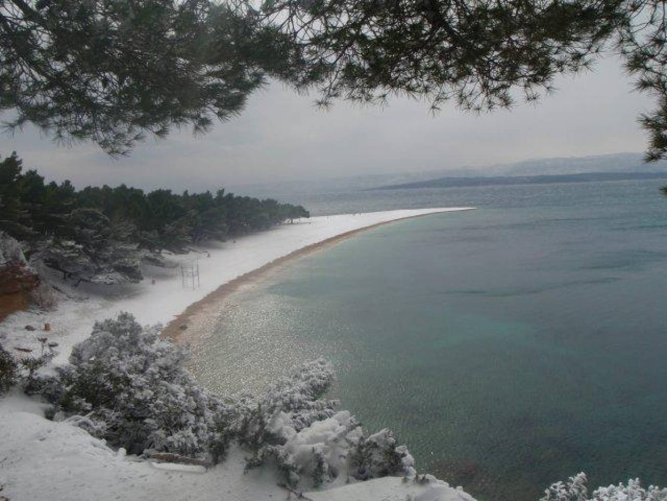 Very rare - Zlatni Rat in the snow (Feb 09)